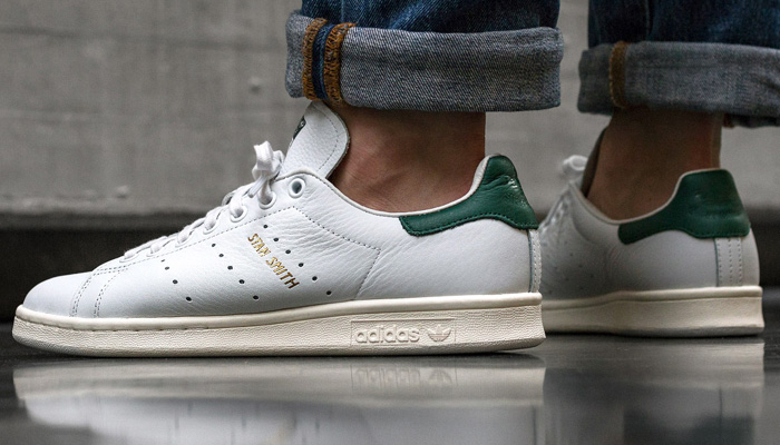 Good size options for this white/collegiate green adidas Stan Smith are 30% OFF at $56 + FREE shipping. Offer ends very late TONIGHT! BUY HERE -> bit.ly/3boeH9h (promotion - use code MARCH30 at checkout)