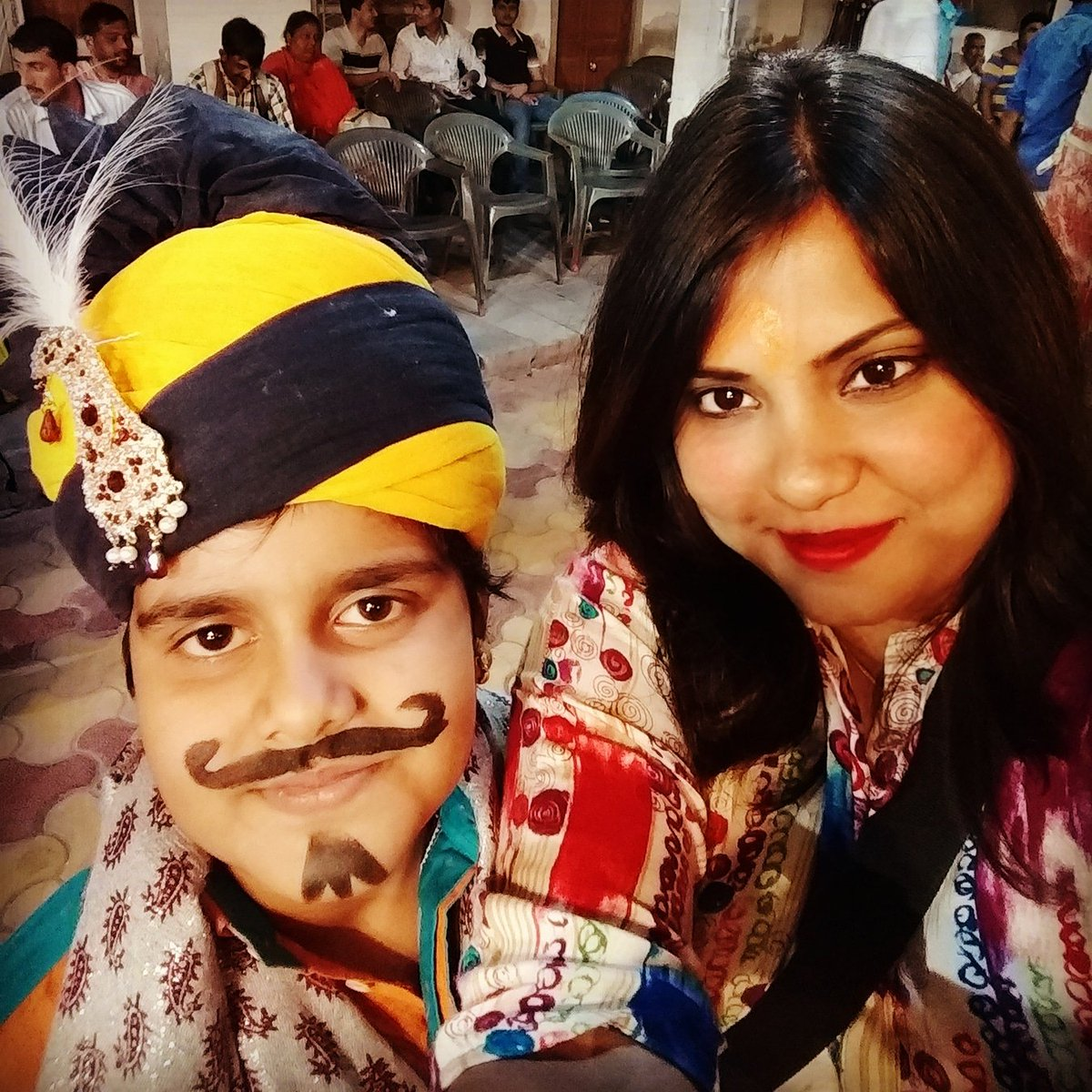 @AristocratBags Me with my hubby nd son went on a trip(rajasthan).And this chotu ustad(guide) shown us whole city..Trust me he was so connected with us that when we were cuming back ,there was tears in my eyes..  #AristoTravelBuddy #ContestAlert #WinABackpack #UnpackYourDreams @AristocratBags
