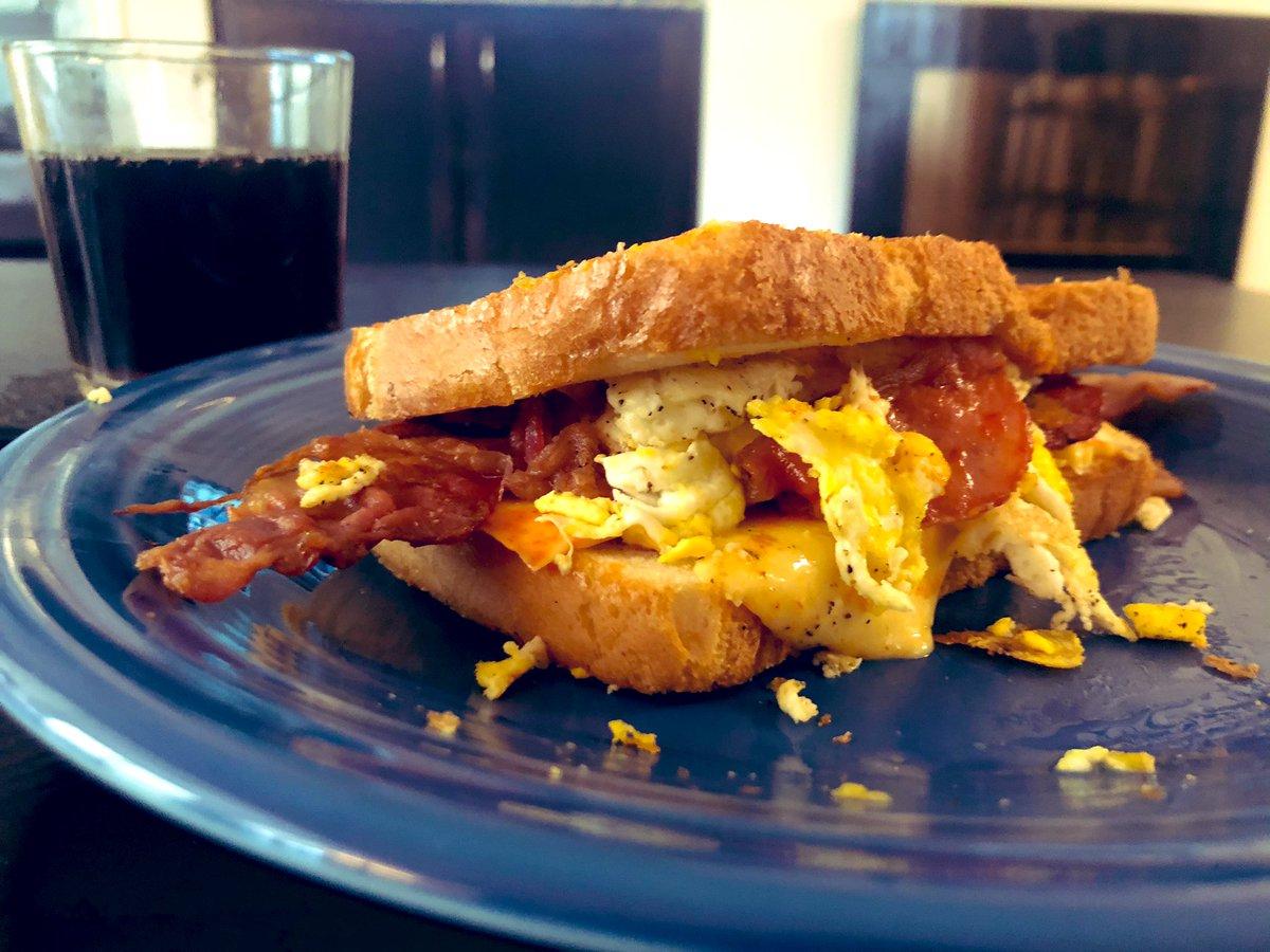 Kelsey Hammer On Twitter Yes I Did Pause Birds Of Prey To Make A Breakfast Sandwich