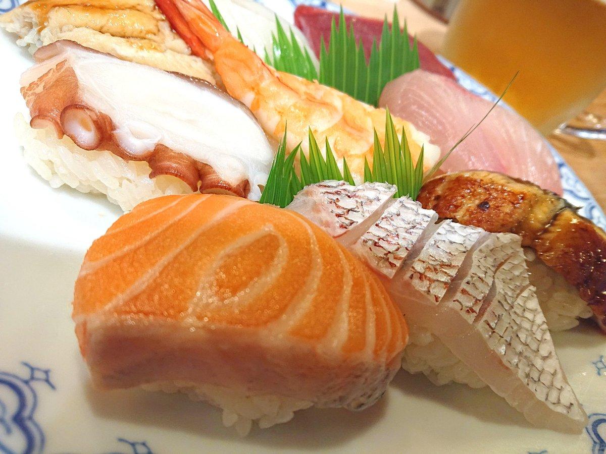 すし富  #寿司 #鮨 #すし #握り寿司 #東大阪 #sushi #food #foodblog #osaka #osakajapanpic.twitter.com/plfurjoB3h