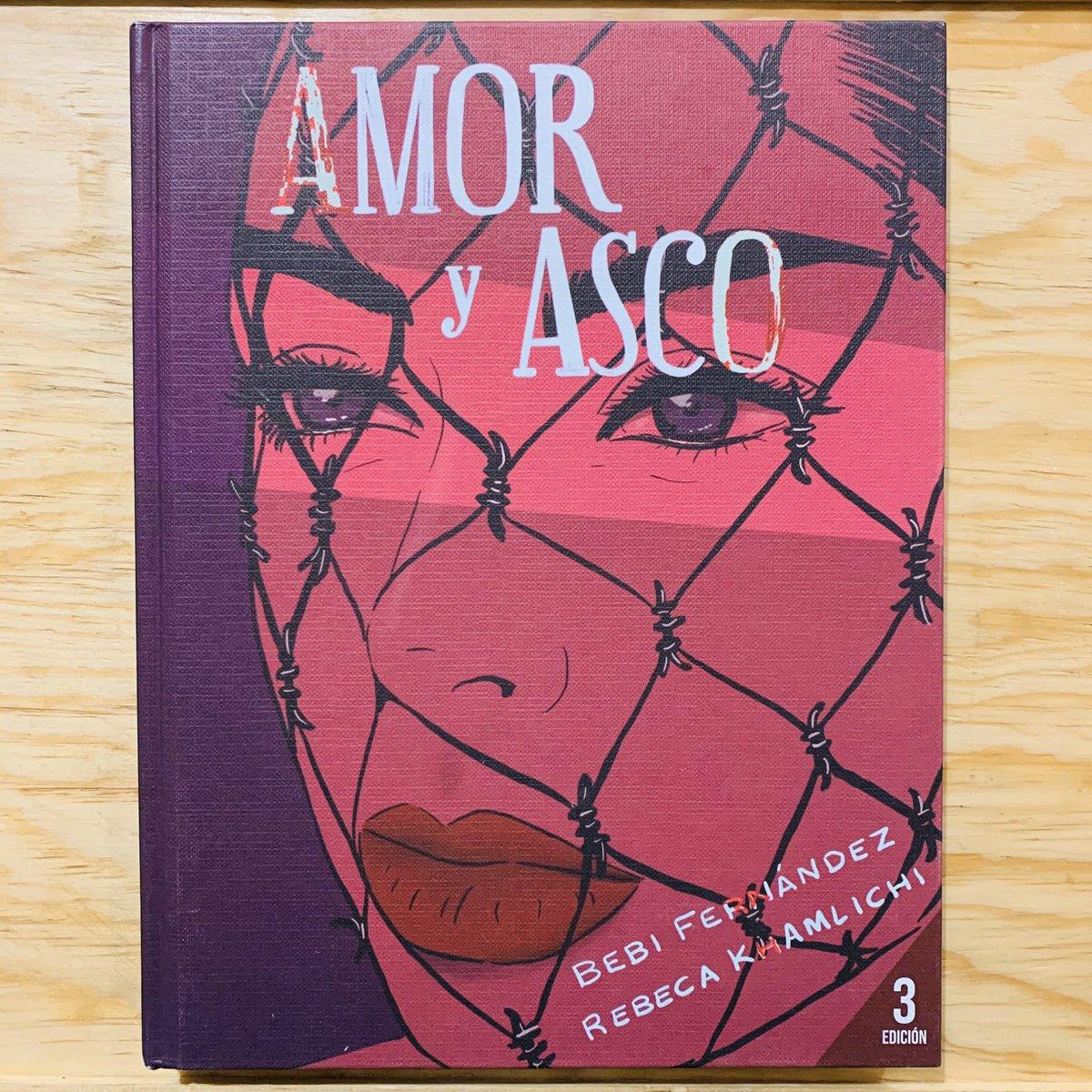 MÉXICO 🇲🇽   Amor y asco | @bebi_fernandez  $550 pesos (Envío incluido)  Último ejemplar: https://t.co/UpBD8jXlKg  Maravillosa reedición ilustrada por @RebecaKhamlichi para el poemario de Bebi Fernández. https://t.co/j9JMysb5SE