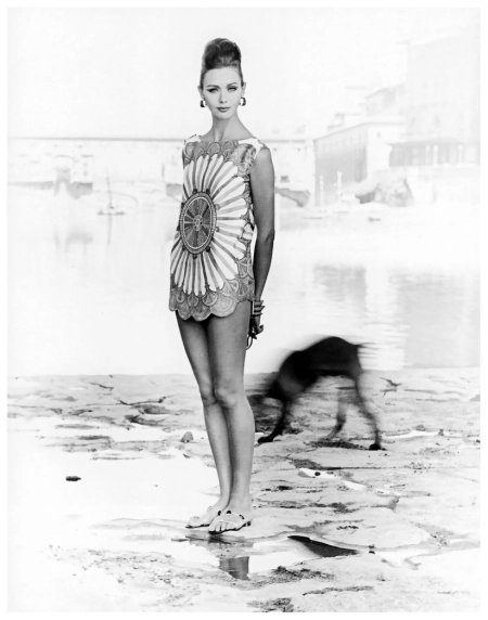 ∎  Ina Balke  in tunic top by Pucci-Boutique  Florence Italy 1962  Emilio Pucci (Naples, Italy 1914–1992).  © Regina Relang  #EmilioPucci #Italia pic.twitter.com/EDyuwlkdet