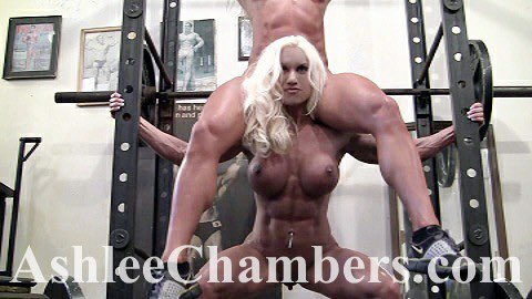 I don't need a gym to stay in shape.. I will just squat & lift muscle babes! Watch my muscles flex! https://t