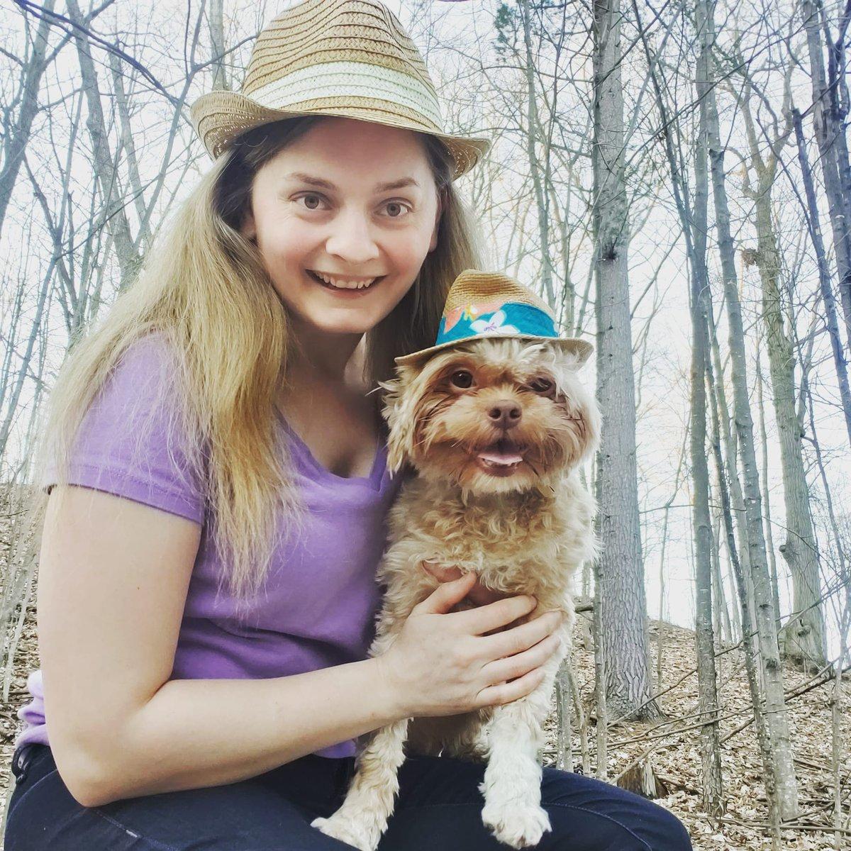 Joey and I having a little bit of fun #dog #muppetdog #dogwearinghat #hatdog #doggy #doggie #dogphoto #dogphotoshoot #selfiesunday #dogselfie #dogslife #dogsarejoy #smilingdog #dogsmilepic.twitter.com/Ou7uPbNybm