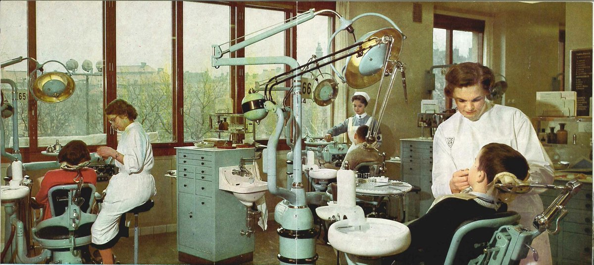 #HealthcareForEveryone?  This historical reminder of how governments provided healthcare to citizens post-WWII reinforces the support to #healthcare workers in times of a #pandemic.   Photograph - Department of Orthodontics in Stockholm Eastman Institutet, 1960s #MuseumFromHome https://t.co/u6v0DZJKsO