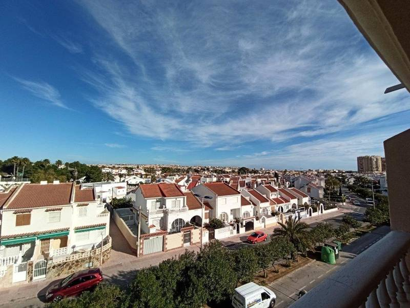 #Lovely 2 Bedroom #Apartment in #Torrevieja #Alicante, #Spain just 76,000€ #cheap #property