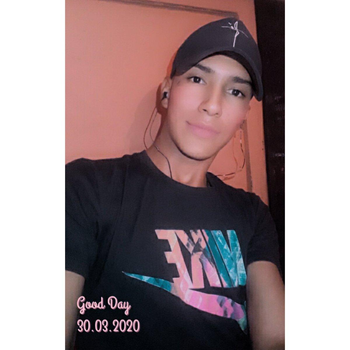 #cute #Lovely #Kardashian #TopDeLaSemana #Venezuela #brothersisterlove #GayIndonesia #pride