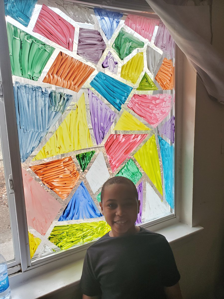 Mindfulness is beautiful.... since we are home I figured we could see the beauty in the situation by adding some color to our new classroom. Lessons in this activity include: counting,colors,patterns,angles, sizes.Kindness comes in many colors& shapes! @LSmithluxford @LuxfordES https://t.co/mkgKCgX27K