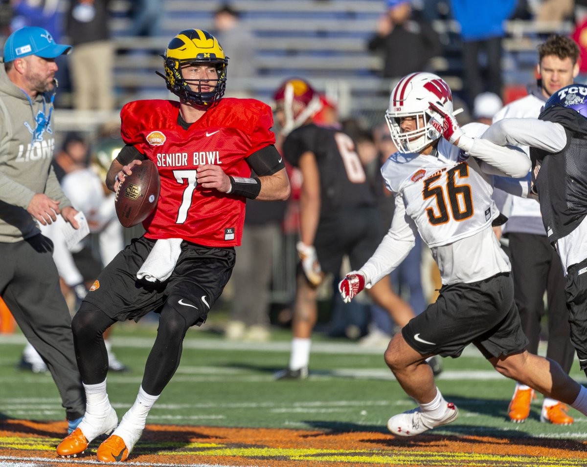 Wisconsin football: mock draft roundup  Owen takes a look at where the #NFLDraft experts have the former #Badgers going.  #ProBadgers #BadgersInTheNFL