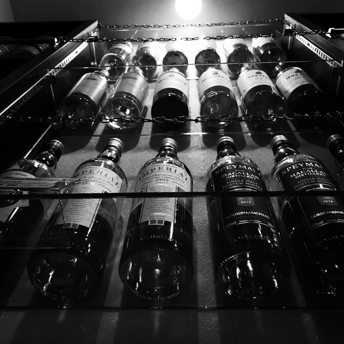 3月30日、休業日です。 明日以降の御来店お待ちしております。  よろしくお願い致します。  #malt_bar_nishimoto #カウンター席のみ #chocolate #cigar #whisky #okayama
