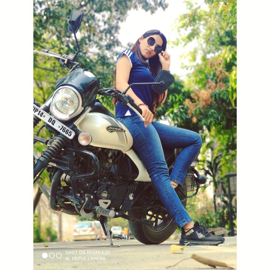 """Don't Let the Tame Ones Tell You How To Live""😉  BIKE LOVER❤️ ______________  #monday #bike #bikelife #bikeride #bikes #bikelove #bikergirl #girl #biker #bikegirl #fun #enjoylife #instagood #motorcycle #picoftheday #india #bikesofinstagram #race #bikelove #sonuchaudhary #twitter"