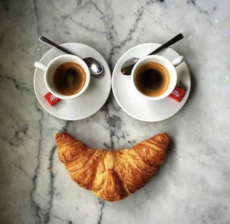 Love the first coffee. #coffee @illyCoffeeUK #breakfast #espresso #besafe #stayhome