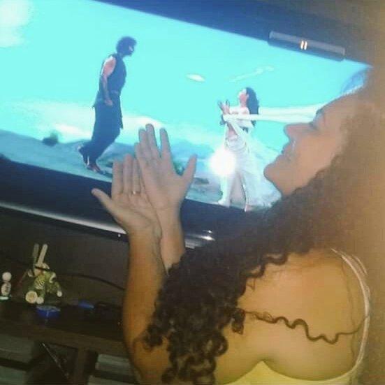 Fan girl from #Brazil  #Prabhas #Baahubali....  Craze antea YouTube lo likes voice ku vachea comments kadura NTR fans.pic.twitter.com/OmfTAHjXl1