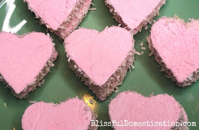 These Raspberry and Coconut Marshmallow hearts are a great sweet treat to whip up with the kids. If you fancy giving it a go check out the recipe  #bakingwithkids #recipe #foodie