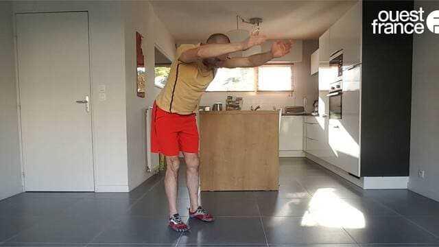 VIDÉOS - Coronavirus. Bougez chez vous : nos exercices de sport à la maison, séance 10 avec du yoga #Fitness #crossfit #Sport @OuestFrance