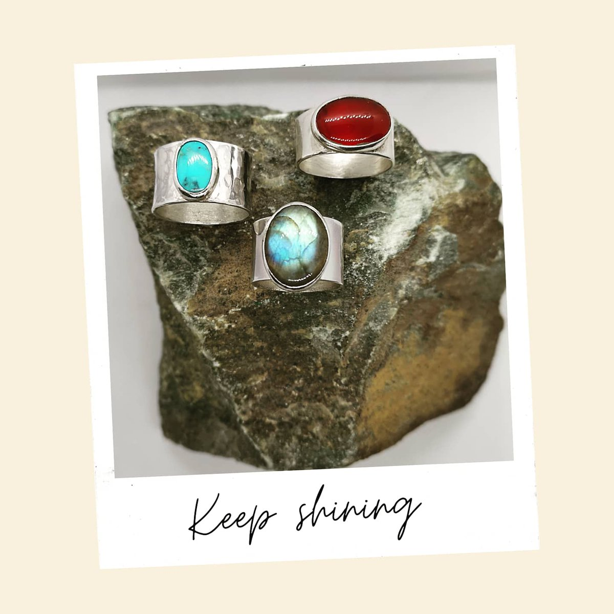 Feeling the love. We want to pass it on to you.NHS members will receive a further discount. Fre delivery as always. DM for info. Keep shining x #nhs #love #carnelian #labradorite #Turquoise #Egyptian #eyeofhorus #hieroglyph #ootd #potd #silver #treasure #youdoyou #l4l #nofilter