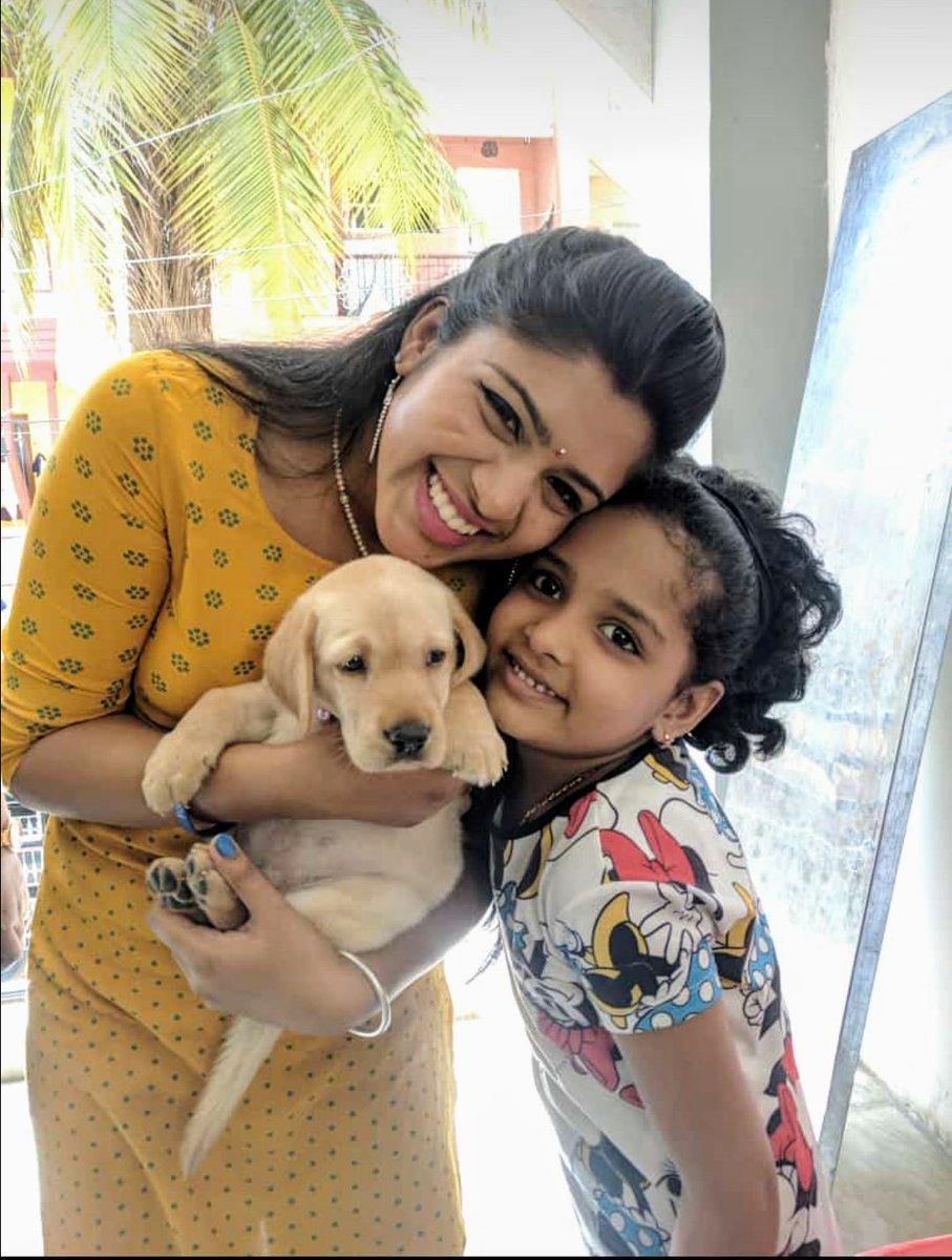When Shady was puppy #puppylove #pup #doglover #petlover #throwback #stayhome #staysafe #missingoutdoors #cousin #famjam #goodvibes #breakthechain #corona #Quarantine #lockdown #21 #bangalore #bekind #labradorretriever #hairlove #smiles