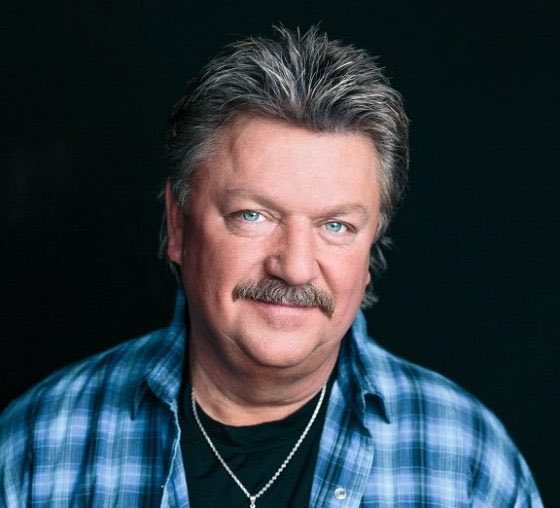 Man, I can't believe that we lost @JoeDiffieOnline to this virus. From 2006-08 I had Joe perform regularly at our #LandResource grand openings. He, @johnanderson @martystuarthq and @SammyKershaw were version 1.0 of what we now know as the popular @diamondresorts #ConcertSeries