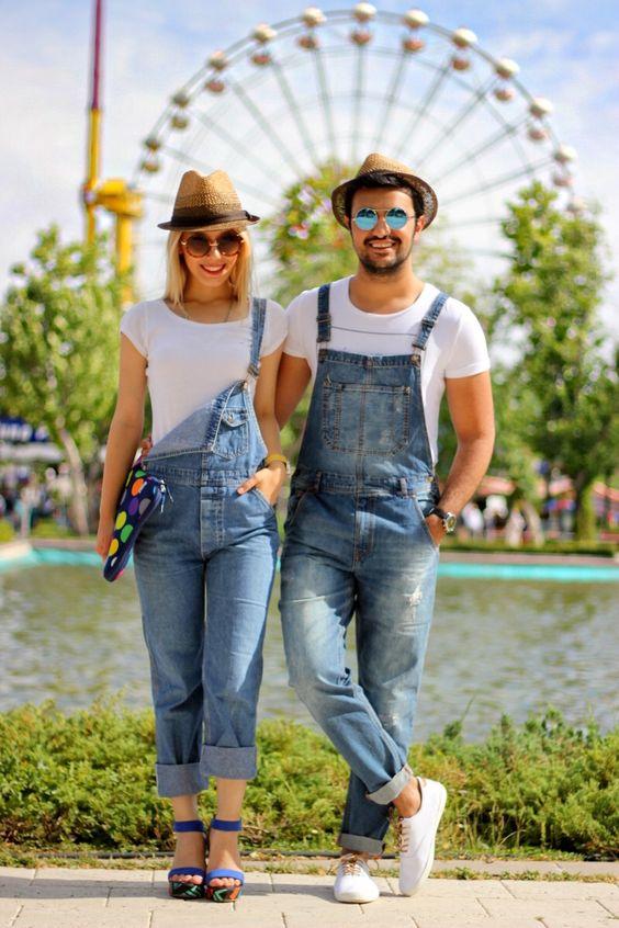 Overol para ella y para él. 🚨Síguenos en🚨 👉  👈    👉  👈 📷Photo 👉 Pinterest #Overol #Overoles #Bragas #Moda #Ropa #Estilo #Tendencia #Cool #Fashion #Fashionista #Botas #Botines #Tacones #Sandalias #RopaJuvenil #RopaFemenina