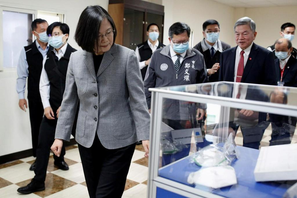 Taiwan says WHO not sharing coronavirus information it provides, pressing complaints https://www.reuters.com/article/us-health-coronavirus-taiwan-who-idUSKBN21H1AU?taid=5e8213c353c773000108c942&utm_campaign=trueAnthem%3A+Trending+Content&utm_medium=trueAnthem&utm_source=twitter…