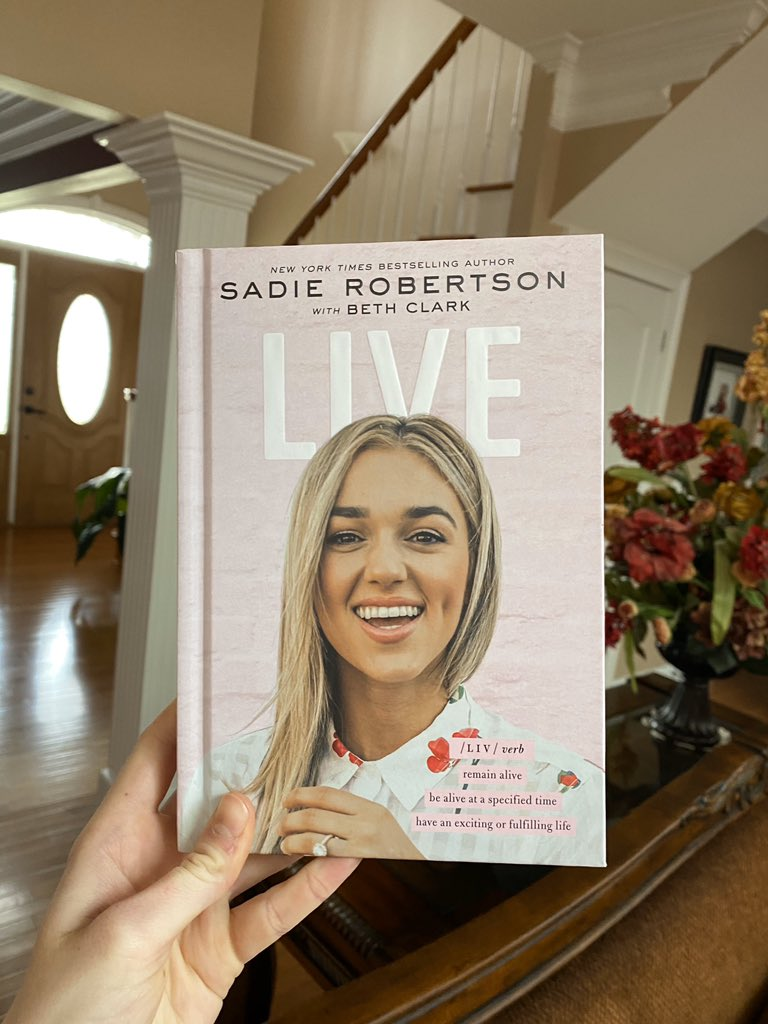 So happy my book came! Can't wait to dive in and learn from the truly inspirational @sadierob !