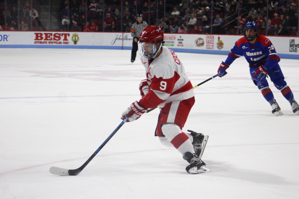 Head coach Albie O'Connell announced that Logan Cockerill will serve as captain of the Terriers for the 2020-21 season. @PatDonn12 has the story: hockey.dailyfreepress.com/2020/03/30/log…