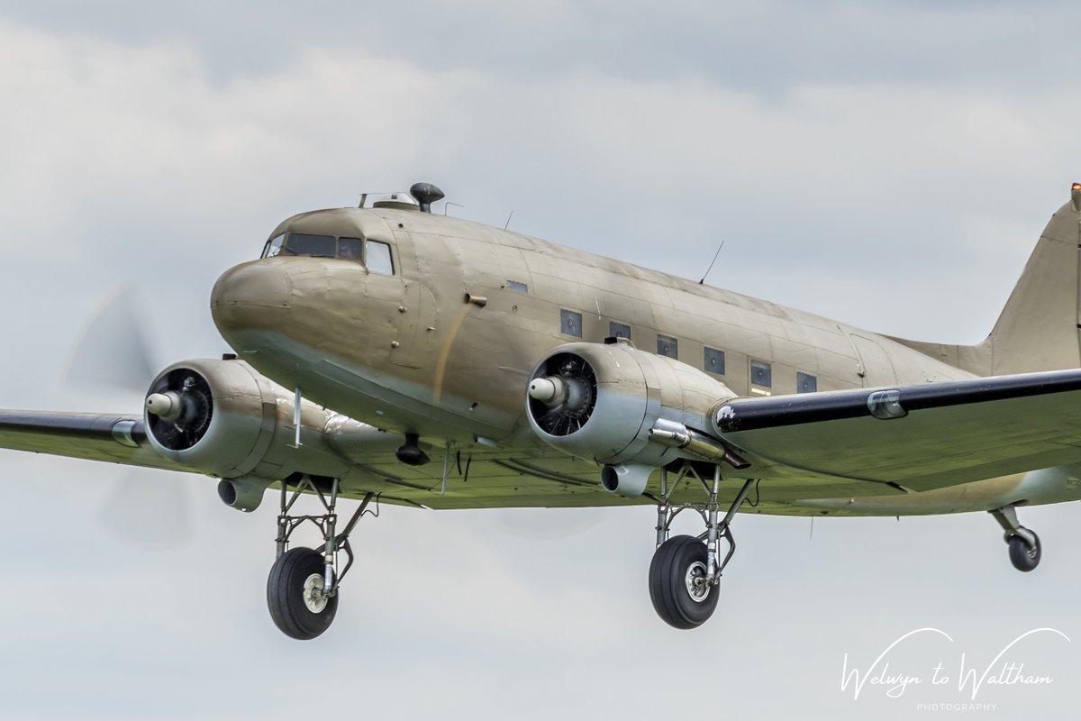 The 'Ace of Spades' / 'Mayfly' at Shuttleworth Season Premier Airshow last May @Shuttleworth_OW @AirshowsOfTheUk #avgeeks #oldwarden #C47 #dakota #oldwarden #shuttleworth