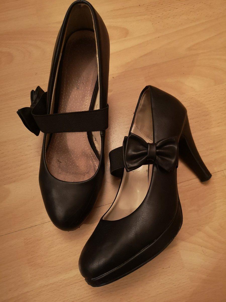 Stiefelbilder ledermini und Overknee Stiefel