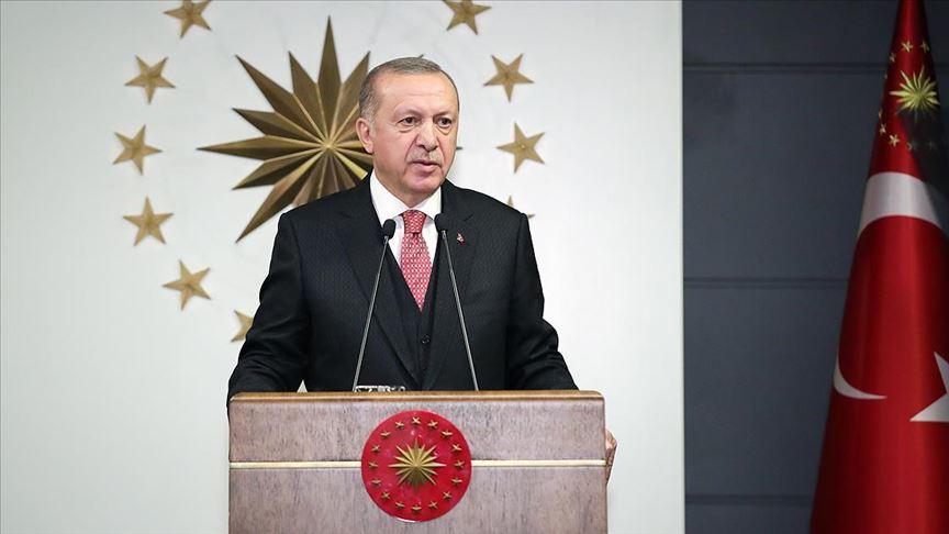 • Cumhurbaşkanı Erdoğan 7 aylık maaşını bağışladı • Bakanlar 3 ile 6 aylar arasında değişen maaşlarını bağışladı • Kabinede toplam 5 milyon 200 bin liralık bir bağışta bulunuldu Cumhurbaşkanı Erdoğan #BizBizeYeteriz Türkiyem kampanyasını başlattı v.aa.com.tr/1785164