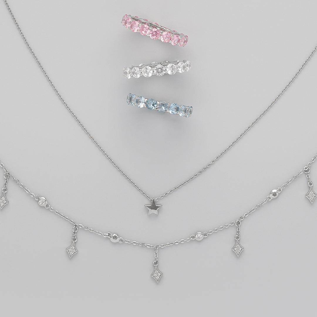 These jewels will for sure dress up your video conference call😉 . . . #sterlingforever #dainty #necklace #rings #color #layer #stack #trendy #style #jewelry #jewelrylove #fashion #styleguide #cute #fun #obsessed #musthave #giftidea