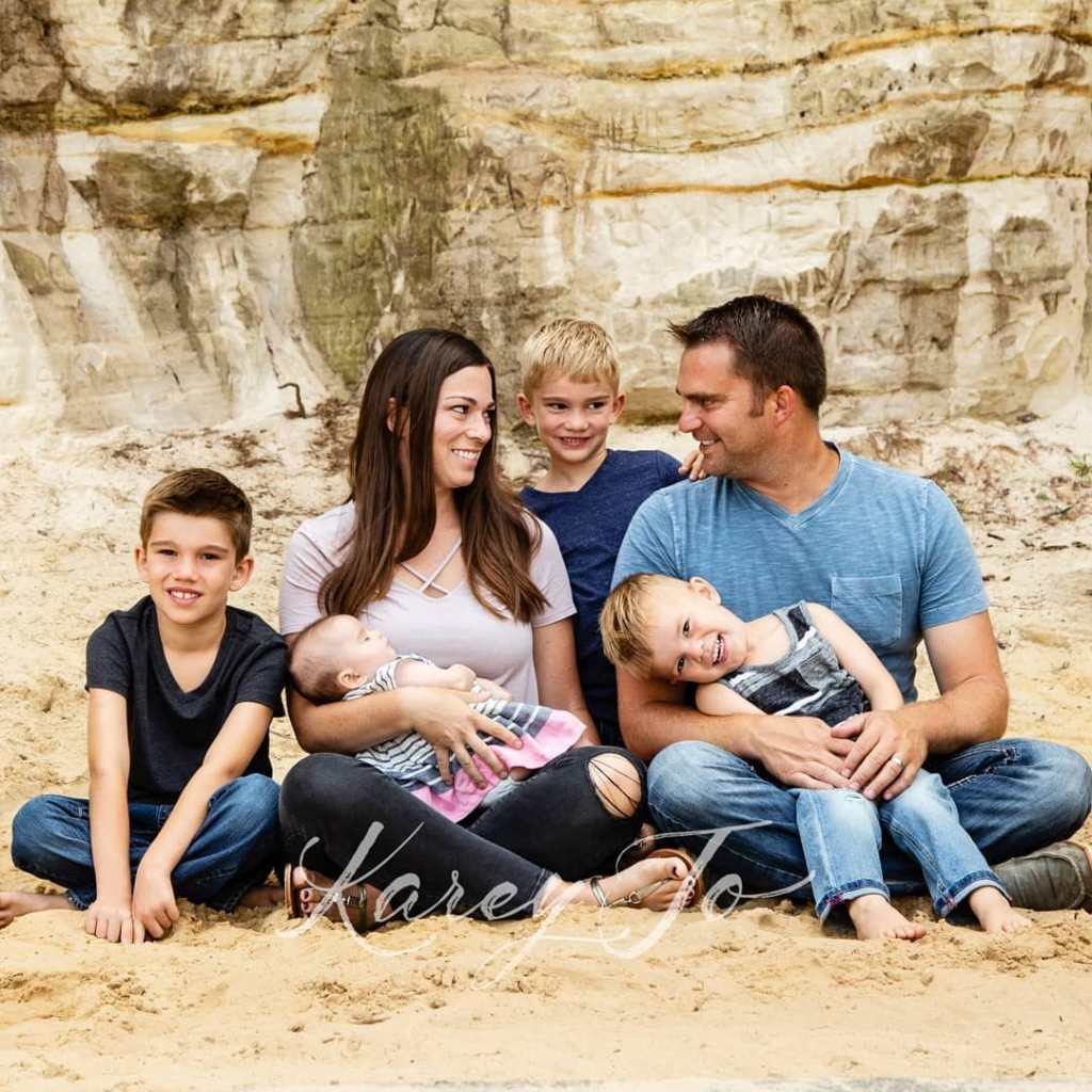 So much love #familypictures #vacationpictures #kareyjophotography #love https://trekporium.com/so-much-love-familypictures-vacationpictures-kareyjophotography-love/…pic.twitter.com/BB6OgElQZ0