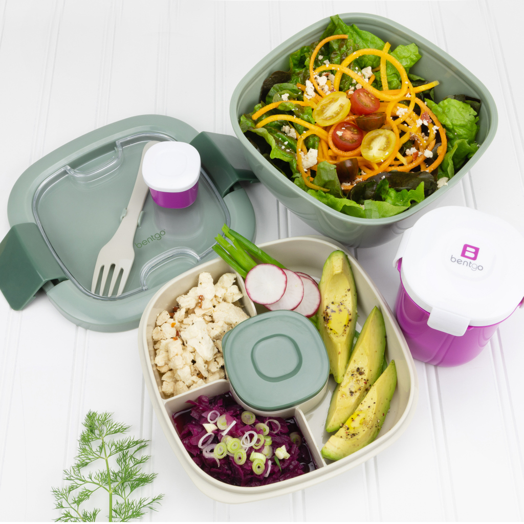 Take advantage of the convenient compartment tray in this all-in-one, stackable Bentgo Salad container. Now available in the new Khaki Green color! #bentgo #bentgosalad #whatsinyourbentgo #bentgomealprep #freshsalad #saladtime #saladlover #saladpreppic.twitter.com/TomWK4DV4w
