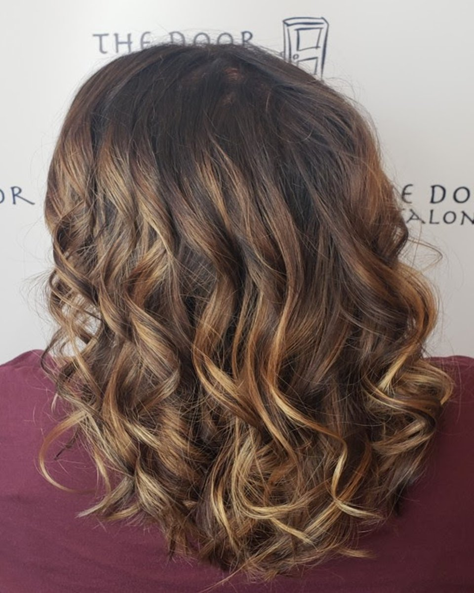 Bayalage and deep chocolate brown. Hair by Stylist April.  Reserve today: (248) 706-1733 @Asandzik #TheDoorSalonpic.twitter.com/9comxJfymu