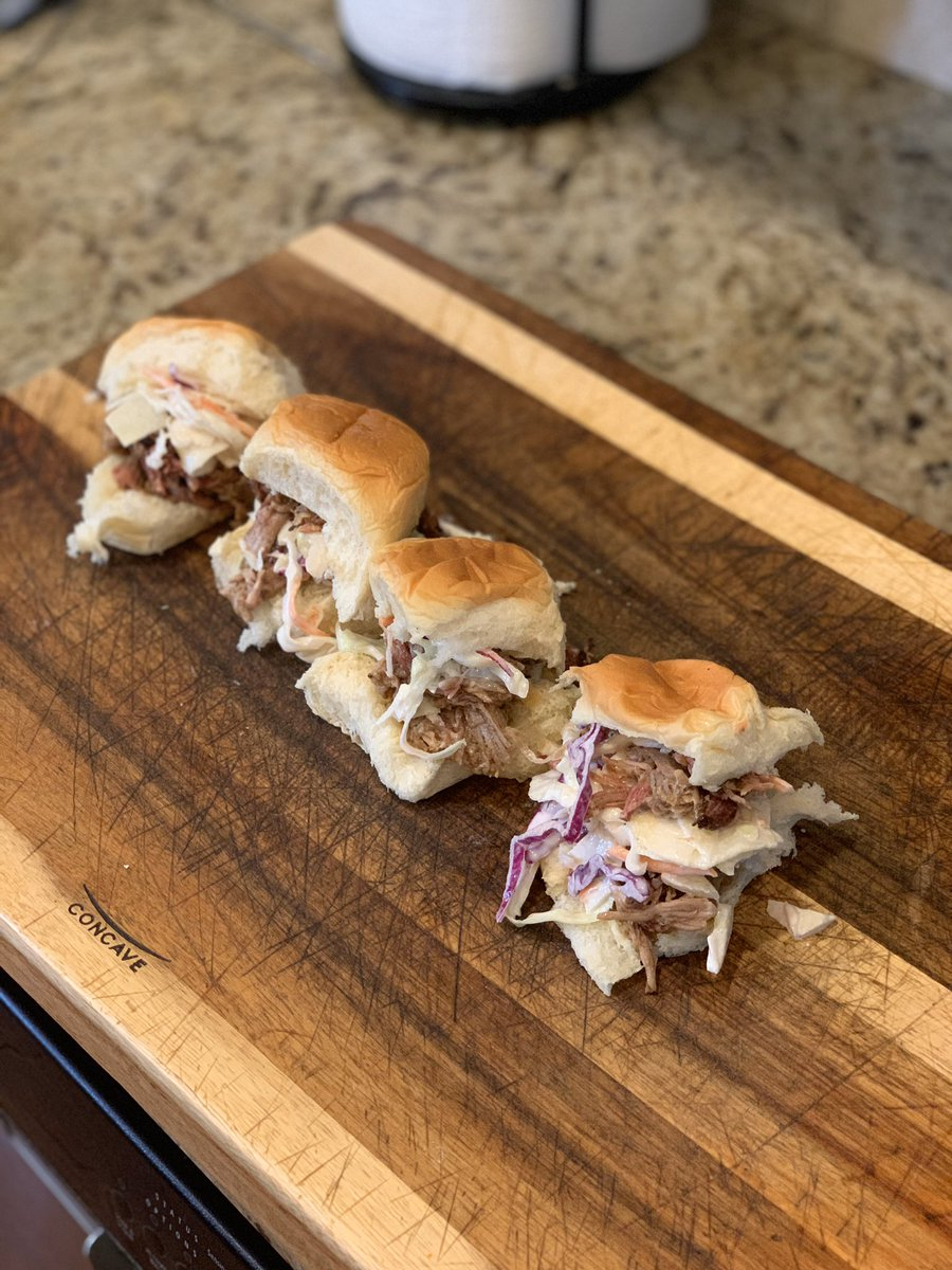 Pork butt sliders with apple coleslaw! #lockdown #food #dinner #smoke #fire #COVID19 #picoftheday pic.twitter.com/3P2dPDEV7D