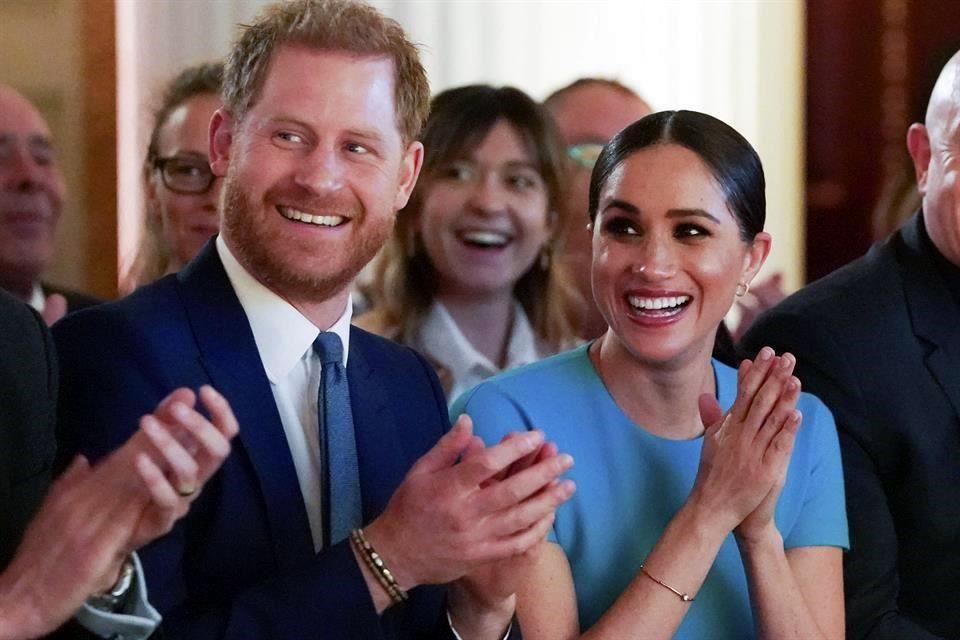 Publican Duques de Sussex mensaje final http://laprensa.mx/notas.asp?id=612935… #reynosafallow #reynosa  El príncipe Harry y Meghan publicaron un mensaje final en su cuenta de Instagram SussexRoyal el lunes antes de renunciar a sus responsabilidades reales. pic.twitter.com/YmlbuNMNzI
