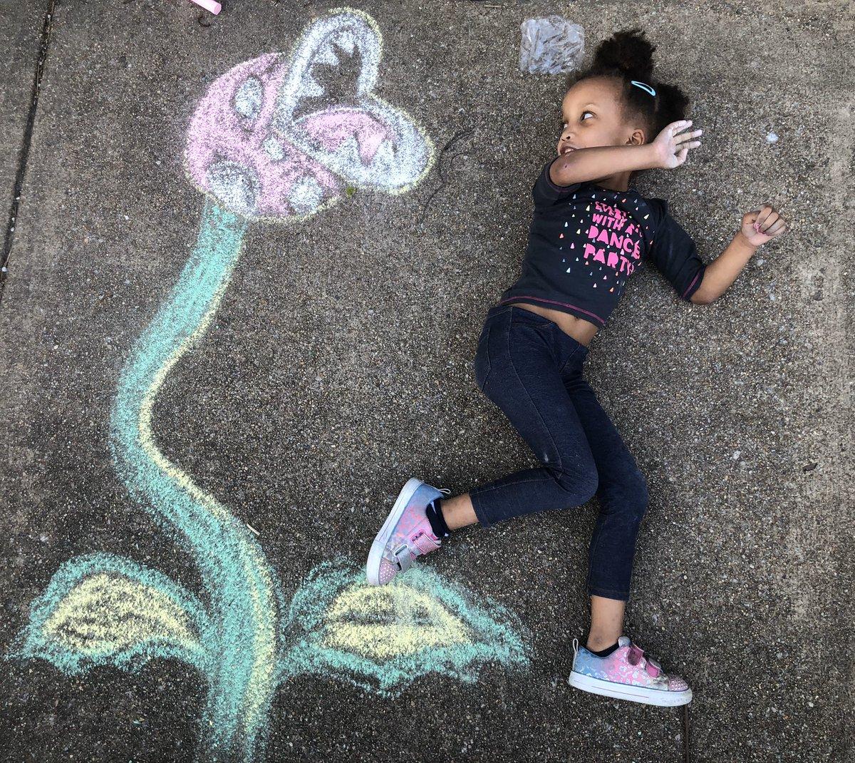 Chalk drawings are the best ❤️ <a target='_blank' href='https://t.co/9c32JlAXmy'>https://t.co/9c32JlAXmy</a>