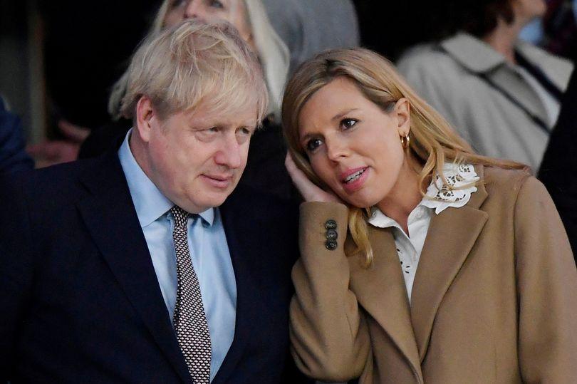 BREAKING Boris Johnson does not have pneumonia and isnt on a ventilator, No10 say mirror.co.uk/news/politics/…