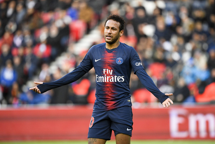 The door for Neymar to leave PSG is finally open. The French side are open to negotiating with Barcelona and even accept a payment in installments, unlike last year. [sport] <br>http://pic.twitter.com/hRFHUIleD5