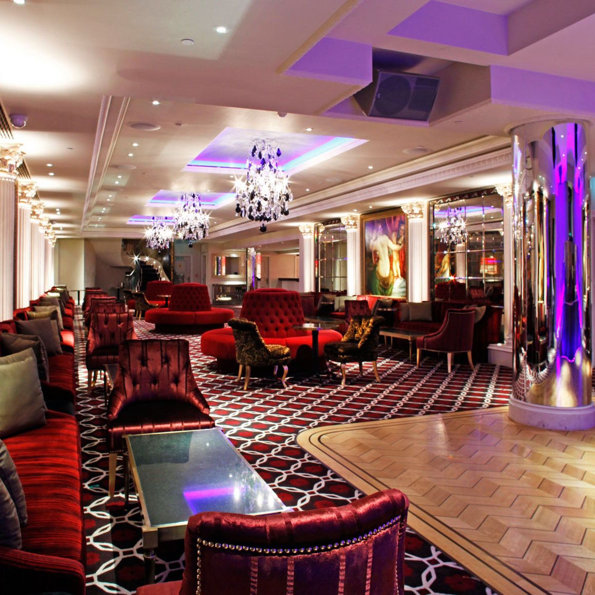 The Sincura Group On Twitter Sincura S Recommended Members Club 5 Hertford Street Mayfair Warm Fires And Cigar Shop As Well As A Restaurant And A Nightclub There Is Something For Everyone