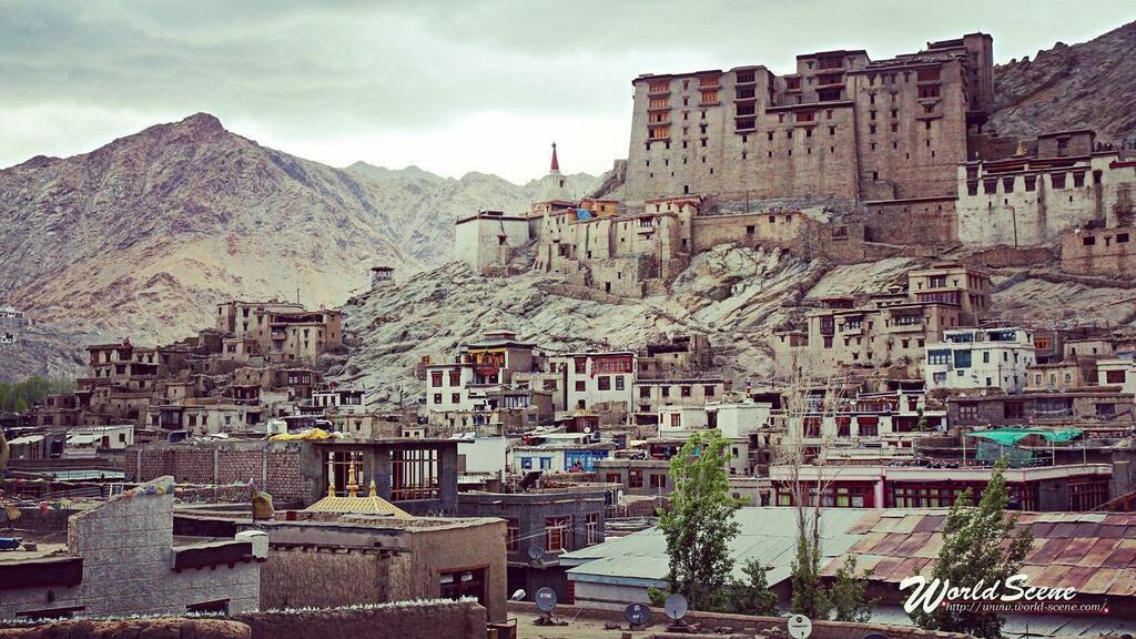 ラダックのレー王宮 #レー王宮 #レー #ラダック #インド #チベット #ヒマラヤ #ジャンムーカシミール #leh #lehpalace #ladakh #india #himalaya #tibet #jammukashmir #旅行 #travelphotography #trip #travel