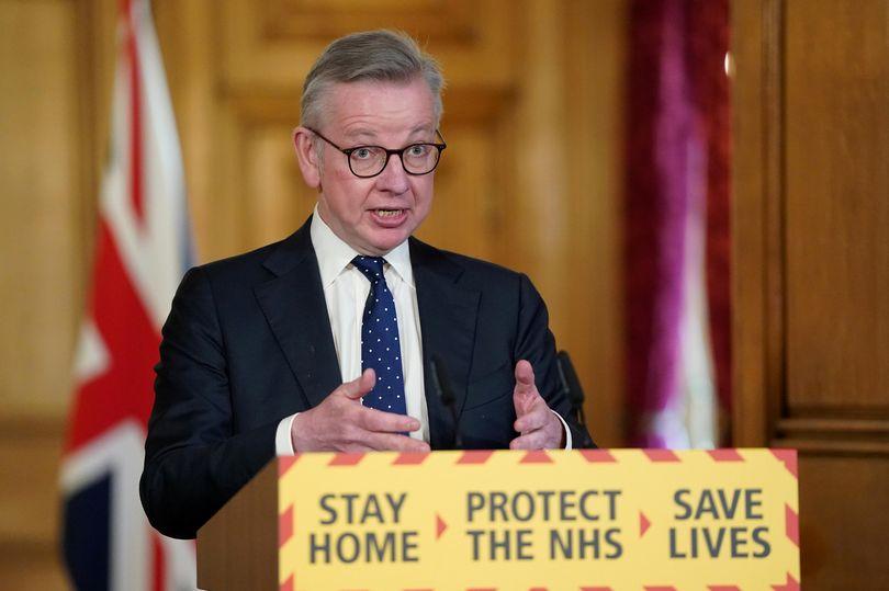 BREAKING Michael Gove isolating after family member shows coronavirus symptoms mirror.co.uk/news/politics/…