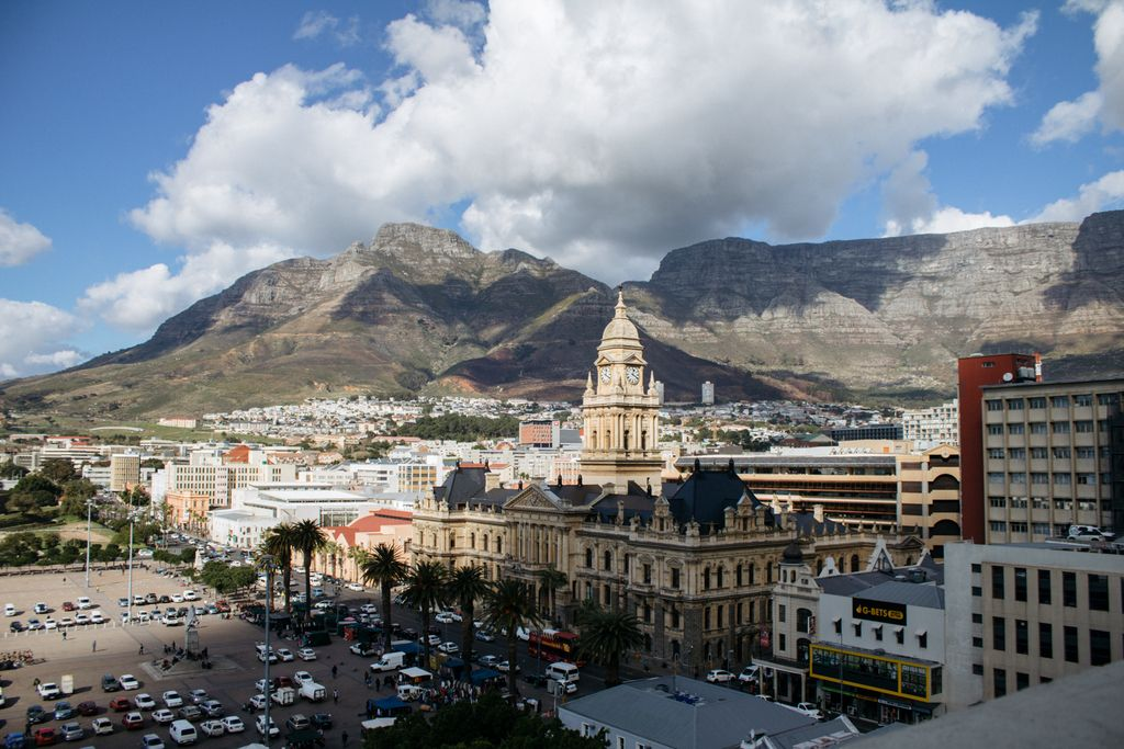 Cape Town has some amazing architecture. Have you ever taken a walk in the city to explore and sight see?   Check out @CultureTrips  top 10 Iconic buildings in Cape Town.  https://t.co/YnfLTNDdhq https://t.co/RwImFDt0Ie