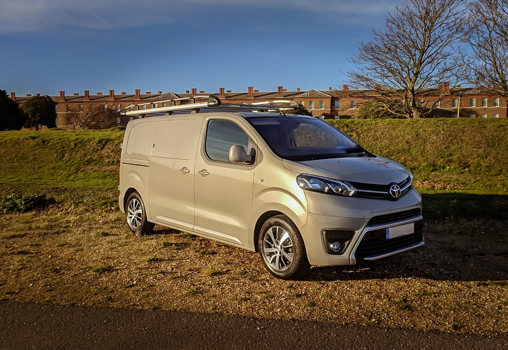 In these times we are finding our customers need a versatile vehicle. That's why we are offering a vast range or #Panelvans in variable wheel lengths. Our vans can come equipped with #Towbars , #internaltoolracking , #roofracks all are key to keep you on the go. https://t.co/Z64Z3IM1xU