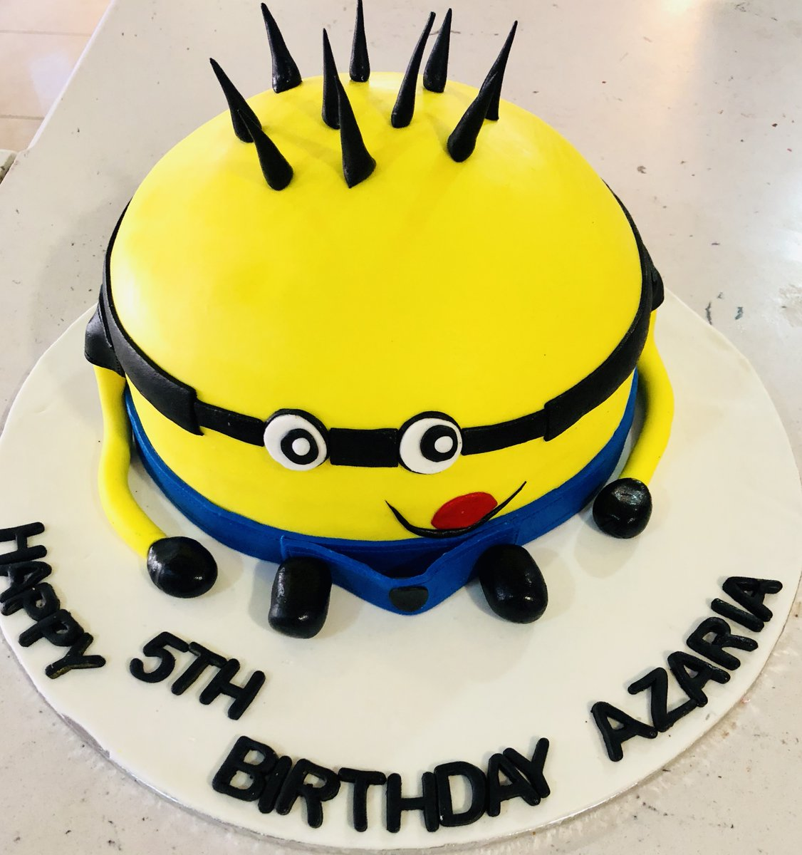 Awesome Cake City On Twitter Minion Cake Design By Our Talented Chefs Personalised Birthday Cards Veneteletsinfo