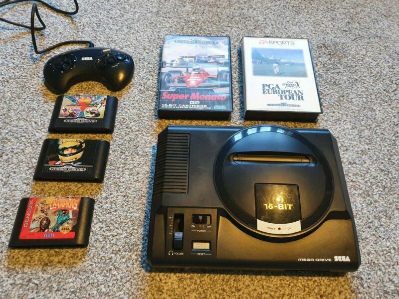 #Sega #Megadrive Console Bundle (PAL) #retrogaming #ebayhttps://www.satakore.com/retrodeals467577,,Sega-Mega-Drive-Console-Bundle-PAL.html…pic.twitter.com/9nOmJaQge4