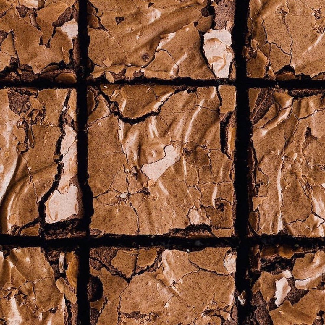 When you are downie eat a brownie, they say  ⠀⠀⠀ #brownies #socialdistancing #treatyourself #healthylifestyle #salata #lovewhatyoueat #salad #beirut #coffee #stayhome #staysafe #cleaneating #lebanon #health #wellness #saladlover #lunch #eatyourgreens #organic #sweettoothpic.twitter.com/JyPFYL6MAY – at SALATA