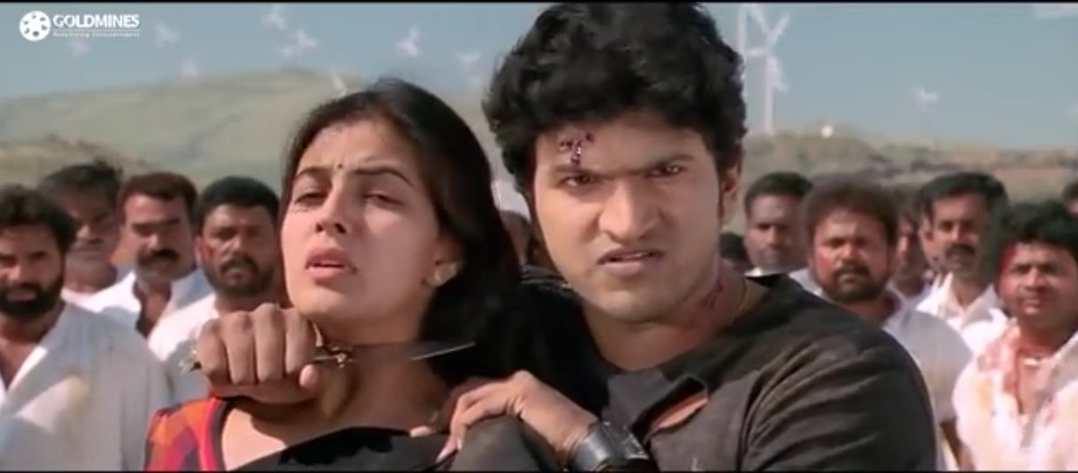 @PhirShuru Bro same okkadu remake in Kannada also bro by #PowerStar #PuneethRajkumar as #Ajay who is better bro remake version vijay or #Appu? Retweet - #PuneethRajkumar Like - #Vijay #RemakeStarVijay