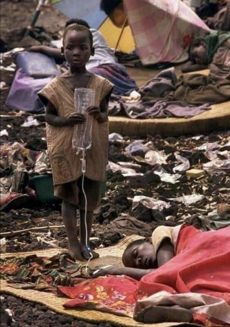 Le #virus de la #faim n'apparaît pas à la télé parce que la #faim ne #tue pas les #riches !