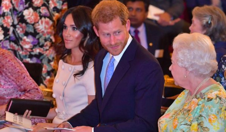 Everything Queen has said about Megxit as Meghan Markle and Harry quit Royal Family mirror.co.uk/news/uk-news/e…