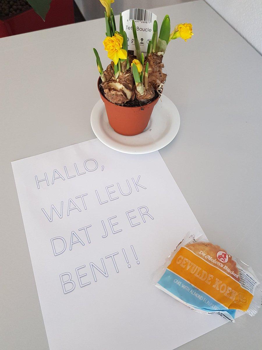 @Andijk bij Holland Select vanmorgen  # FlowerPower_tijden keren weer terug !!! pic.twitter.com/yE7SvrZCUy